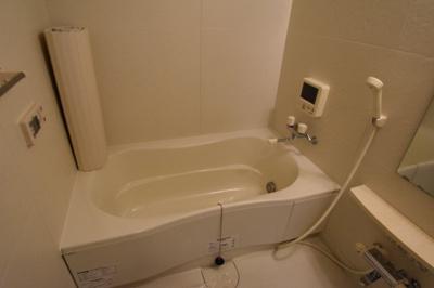 【浴室】アムールカセイ㈱Roots