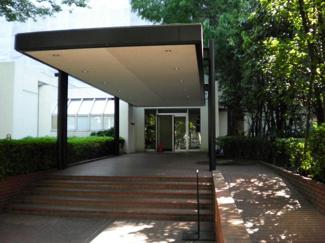 世田谷区上用賀2丁目 リノベーションマンション パシフィック馬事公苑前1号棟 エントランス