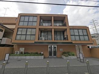 世田谷区成城9丁目 リノベーションマンション  アピカ成城-V 外観