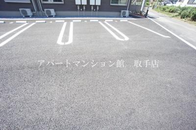 【駐車場】シャンボア 1