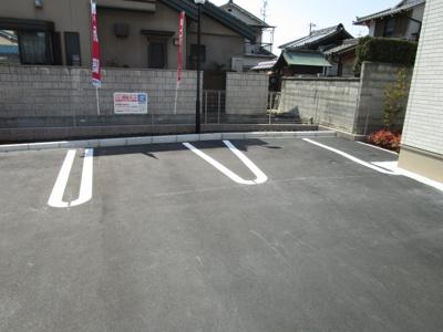 【駐車場】ヴィラブリーゼ