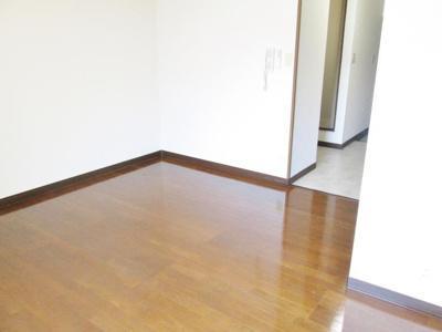 【洋室】カーサ寺池