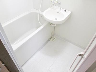 【浴室】カーサ寺池