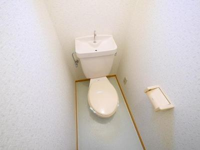 【トイレ】ファミール(南半田東町)