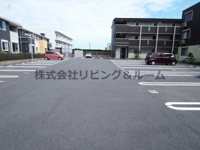 【駐車場】ラ・ドルチェヴィータ・ A棟