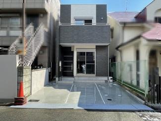 鳳西町の新築一戸建てです