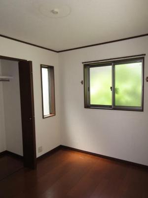 2階 洋室5.25帖