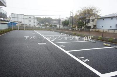 【駐車場】リブリ・杉田