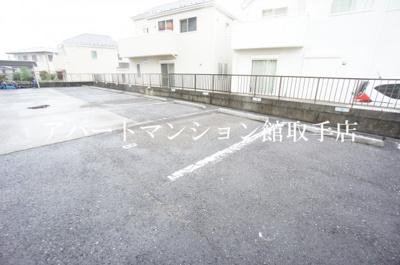 【駐車場】メゾン・ボヌール