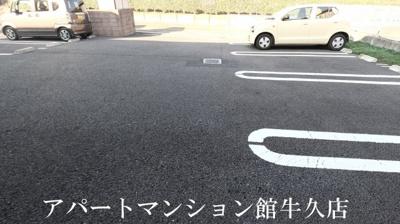 【駐車場】ラ・カンパーニャ