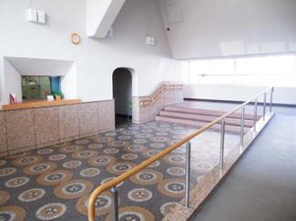 目黒区東山2丁目 リノベーションマンション 上目黒パークマンション207 エントランス