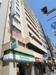 渋谷区渋谷1丁目 マンション 青山セブンハイツ コンビニも同じビルにあります