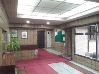 渋谷区広尾1丁目 リノベーションマンション 朝日広尾マンション  エントランス