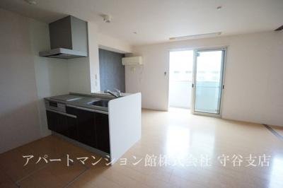 【キッチン】グランメゾン松ヶ丘B