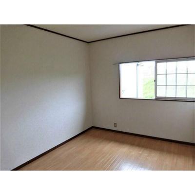 第2稲毛マリオンの洋室