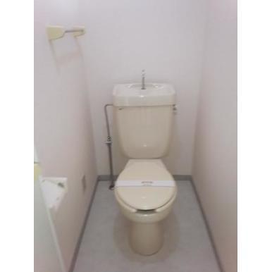 ヴィラモデルナBのトイレ