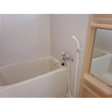 ヴィラモデルナBの風呂