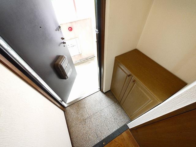 【玄関】グラン・シャリオ二階堂