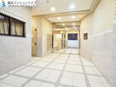 【エントランス】アール・ケープラザ横浜5