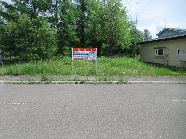 【前面道路含む現地写真】北見市美山町東4丁目82番112 売土地
