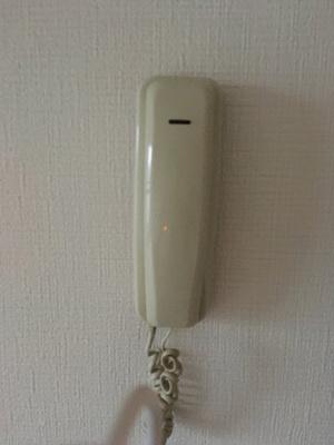 玄関インターフォン