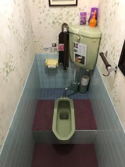 【トイレ】高島市今津町保坂 店舗付住宅