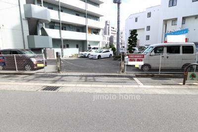 【駐車場】江坂ニュー白百合