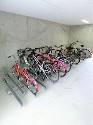 駐輪場の管理が行き届いているため、乱雑な駐輪などがなく快適です☆