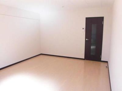 ウィンの洋室