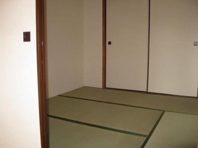 【和室】橋市駅前マンション