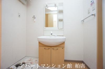 【洗面所】葉山レジデンス