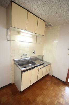 キッチンも広々 ガスコンロ設置可