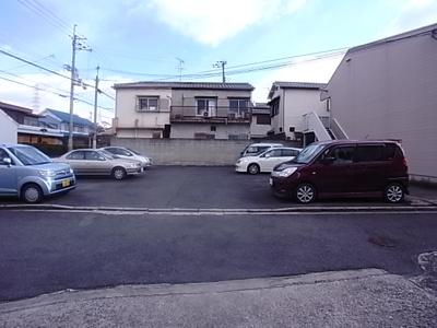 【駐車場】ファミール2号棟