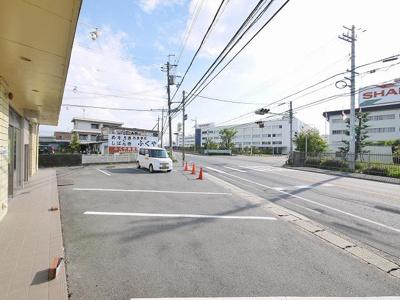 【駐車場】上野店舗