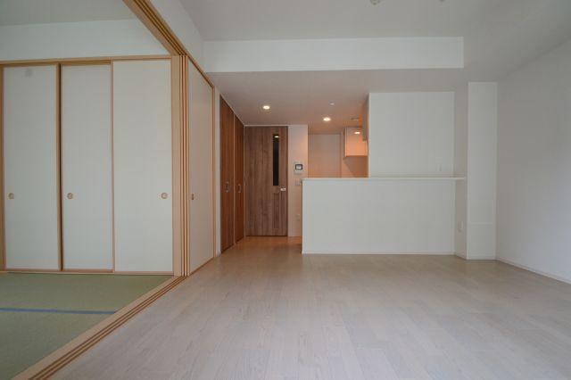 【居間・リビング】プレミスト六甲道