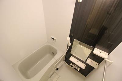 【浴室】ルミエ神戸西