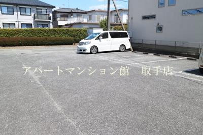 【駐車場】エルディム茂作
