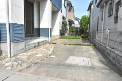 【駐車場】鴻巣市人形3丁目 R済中古一戸建て
