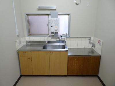 遠藤ビル キッチンはガスコンロ設置可のワイドキッチン!