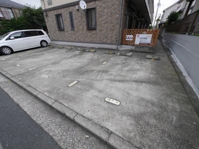 【駐車場】カーサオリーヴァ~仲介手数料半月分キャンペーン~