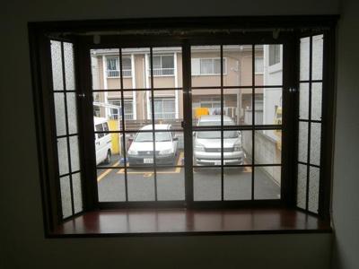 福田コーポの出窓です。
