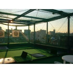 アルコム東山の屋上ゴルフ場です。