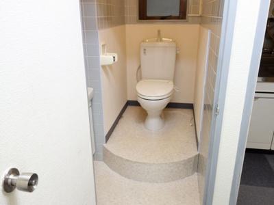 【トイレ】ソフィア板宿 2階店舗