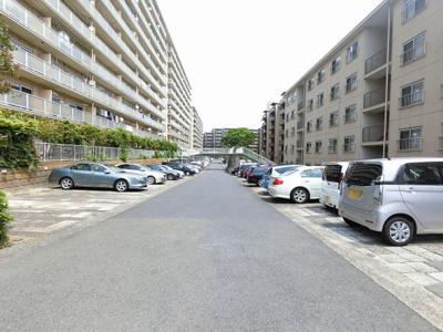 【駐車場】三ツ沢ハイタウン1号棟
