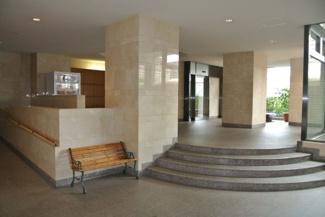 コスモ・ザ・キャナル東京イーストの1階共用部