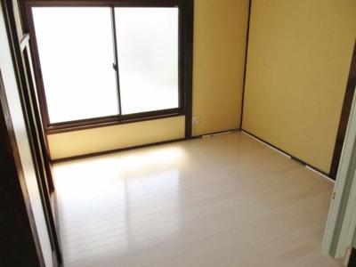 【洋室】島泉7丁目貸家
