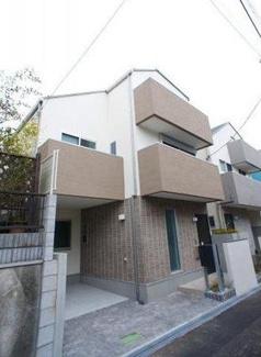 東京都世田谷区桜丘4丁目新築戸建D号棟 地下車庫となる駐車場ありです。