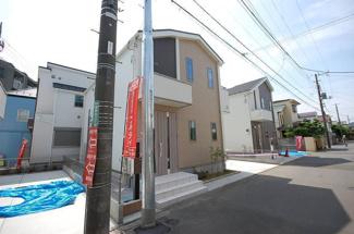 全棟全居室南向き 祖師谷6丁目 新築分譲住宅  【2号棟】 外観