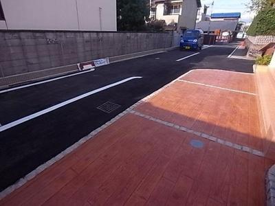【駐車場】ゴールドクレスト雁屋南弐番館