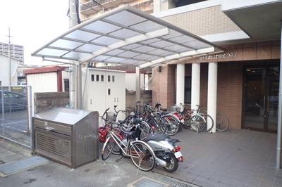 グラシャス'97 (1K) 駐輪場